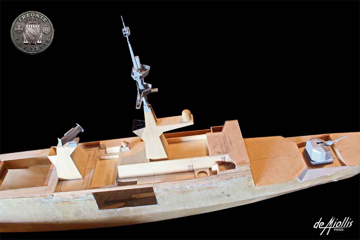Fregate La Fayette F710 Big_photo_646798_10234717_2012072933243532