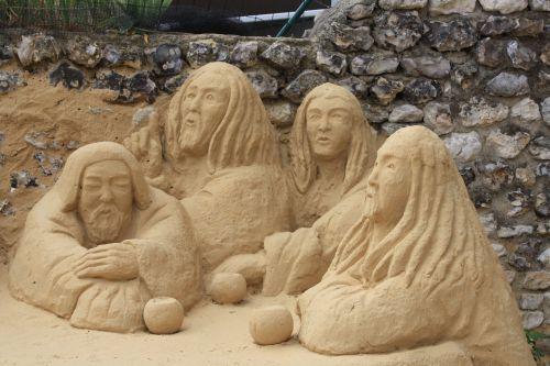 Un sculpteur dans le petit village de Giverny