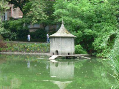 La maison des canards...!