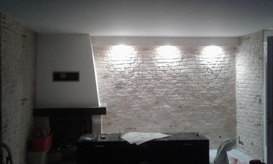 D coration en enduit pierre en int rieur btp gohier for Enduit mural interieur