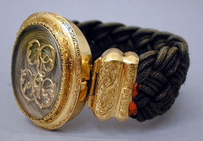bracelet-2ndEmpire-cheveux-or-cisele-MAD.JPG