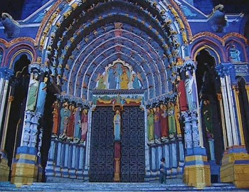 Lumieres-cathedrale-de-chartres.jpg