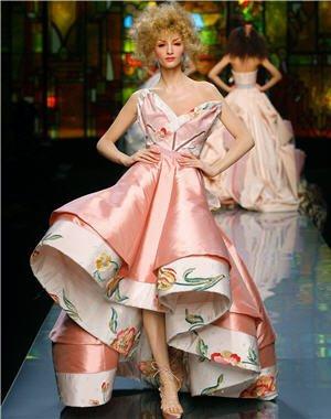 422886-des-robes-du-soir-haute-couture.jpg
