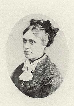 Camille_Monet_by_Greiner_1871.jpg