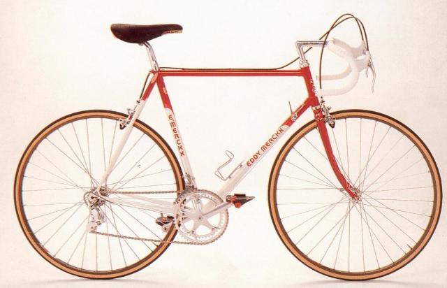 http://static.blog4ever.com/2012/09/713297/Velo-Merckx.jpg