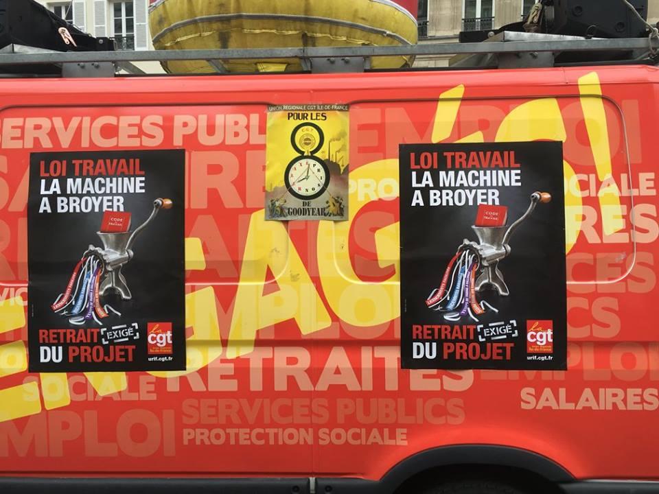 camion machine à broyer.jpg