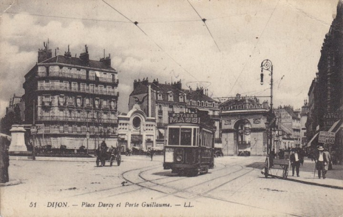 Dijon - Place Darcy - Début XXème siècle.jpg