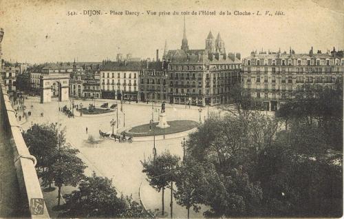 dijon place darcy 1914.jpg