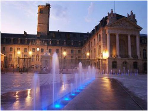 Dijon Hôtel de ville 04.jpg