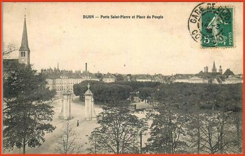 Dijon - Porte Saint-Pierre - Place du Peuple (maintenant Place Wilson).jpg