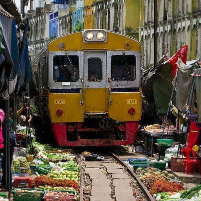 marché Maeklong Thaïlande 02.jpg