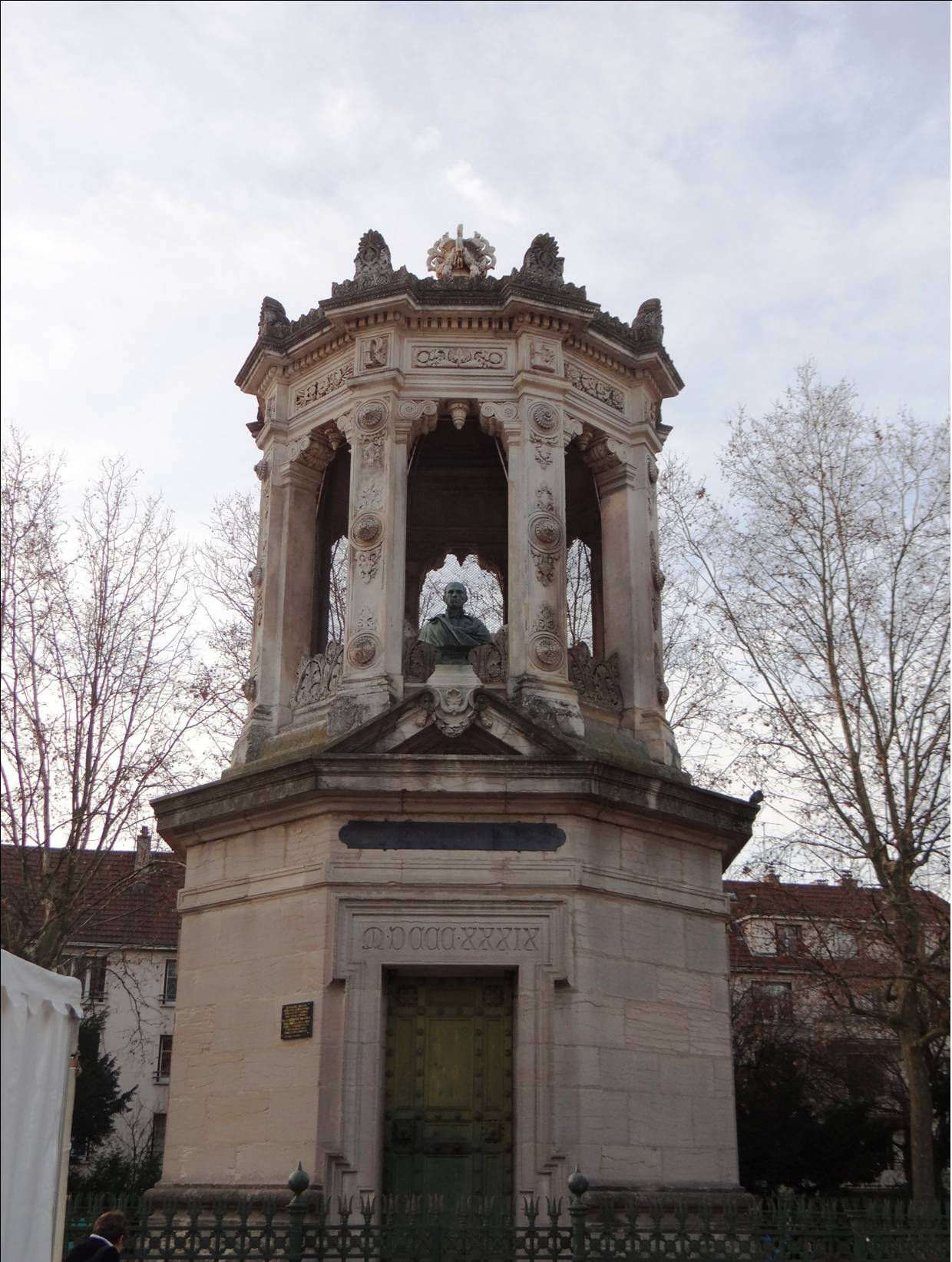 Dijon Darcy 00A.jpg
