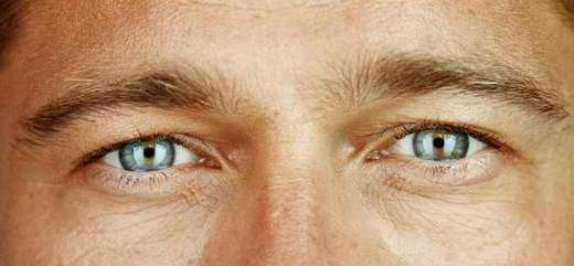 Brad-Pitt- yeux.jpg