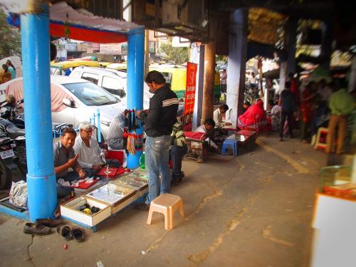 Small IMG_2042 Sandeep shop.jpg