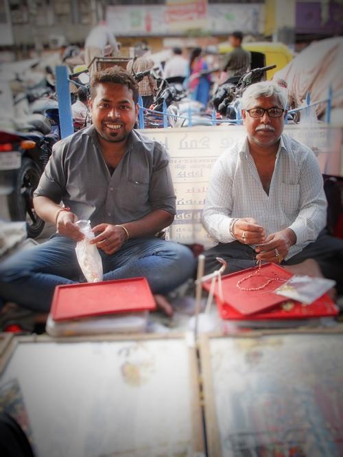 Small IMG_2041 Sandeep et père.jpg