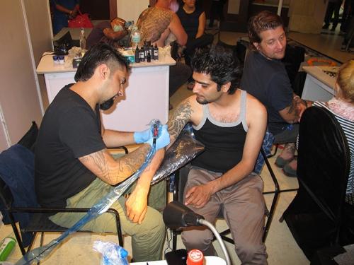 Small IMG_1950 AS Rakesh Kashyap Tattoo Convention Delhi 2014.jpg