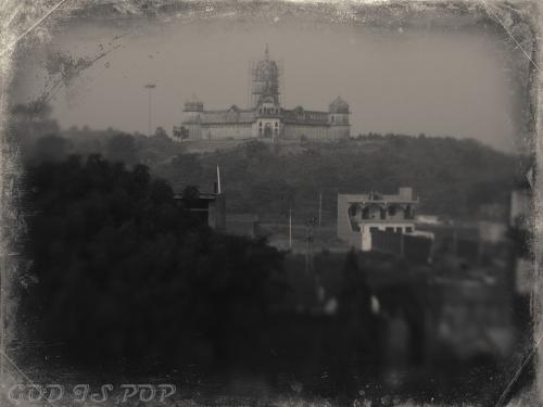 Small IMG_2866 Temple Laxmi.jpg