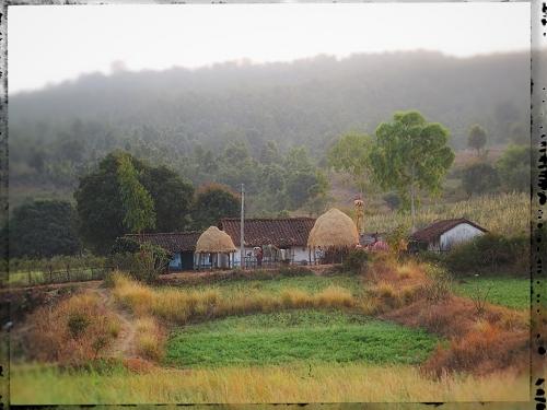 X Small AA Baiga Vue globale ferme Baiga.jpg