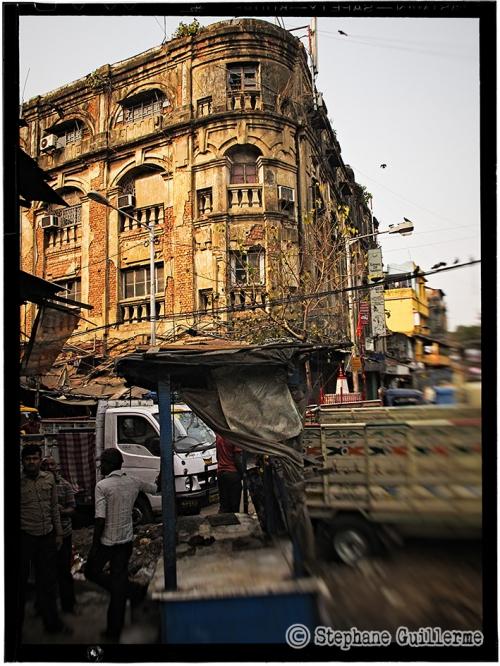 Small 01 IMG_6396 Vieil immeuble Kolkata.jpg