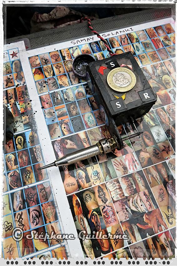IMG_9438 Ma machine de mela Lotus temple Delhi Small.jpg