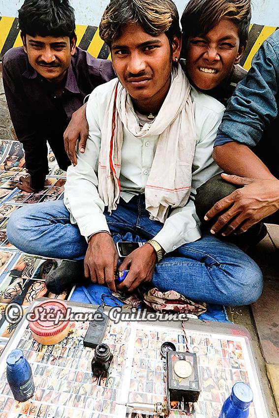 IMG_9439 Ma machine de mela Lotus temple Delhi Small.jpg