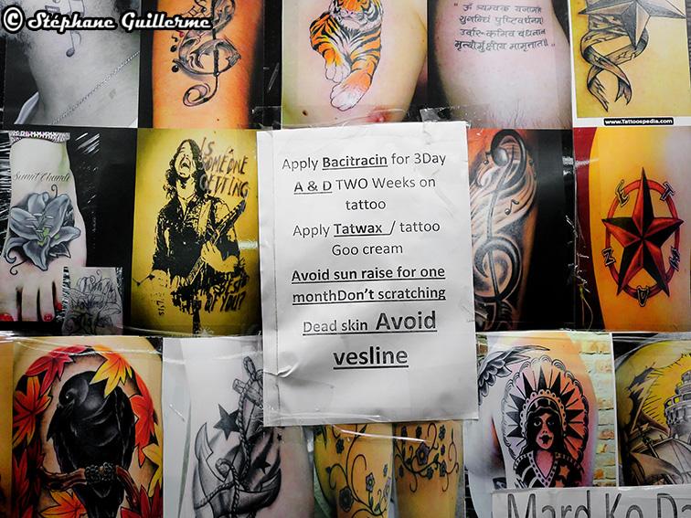 IMG_8591 Mur de salon de tatouage Palika bazar Delhi Small.jpg