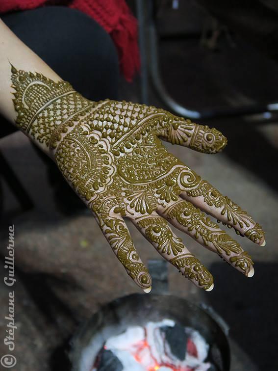 Henna Connaught place 4.jpg