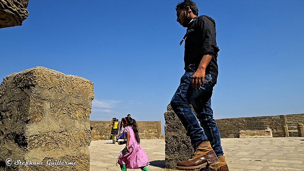 IMG_0792 Touristes Diu Fort Small.jpg