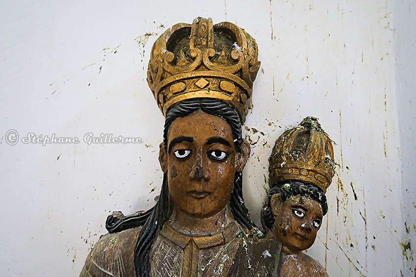 IMG_0919 Statue portugaise Diu museum Small.jpg