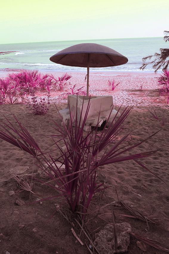 IMG_1091 Plage parasol psyché Small.jpg