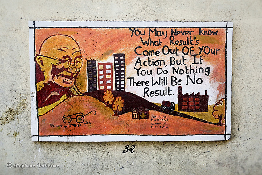 IMG_3754 Peintures murales scolaires Gandhi Porbandar Small.jpg