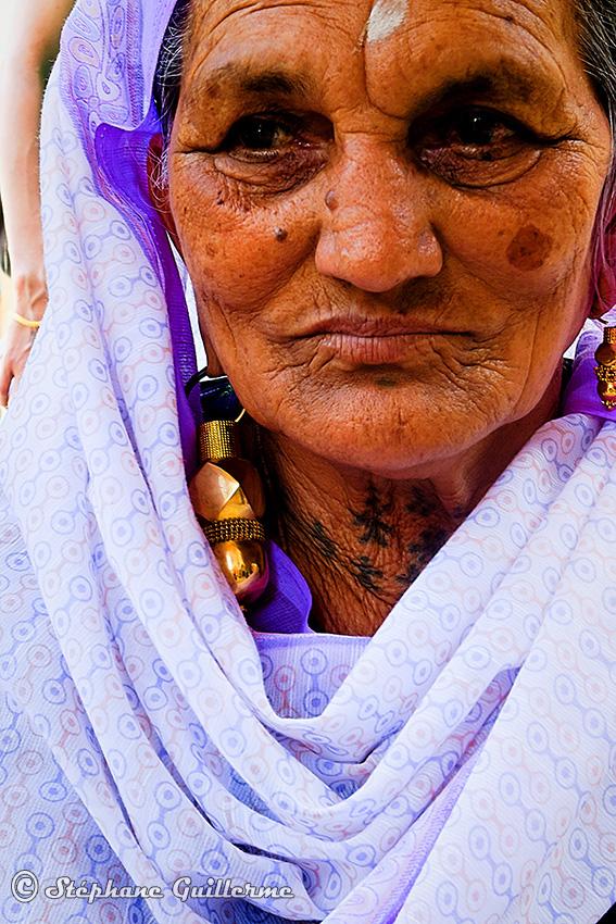 IMG_3637 Femme Maher Tatouages Keshav mandir Small.jpg