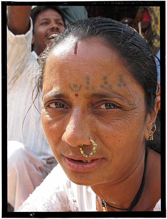 Blog 30x40 cms Tattoo Tribal TT 08  femme Kangsiya Bhuj.jpg