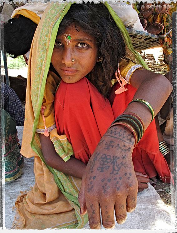 Blog 30x40 cms Tattoo tribal TT 10  Gypsie rajput Gujarat.jpg