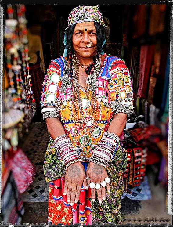 Blog 30x40 cms Tattoo Tribal TT 15 Banjara lady Hampi market Karnataka.jpg