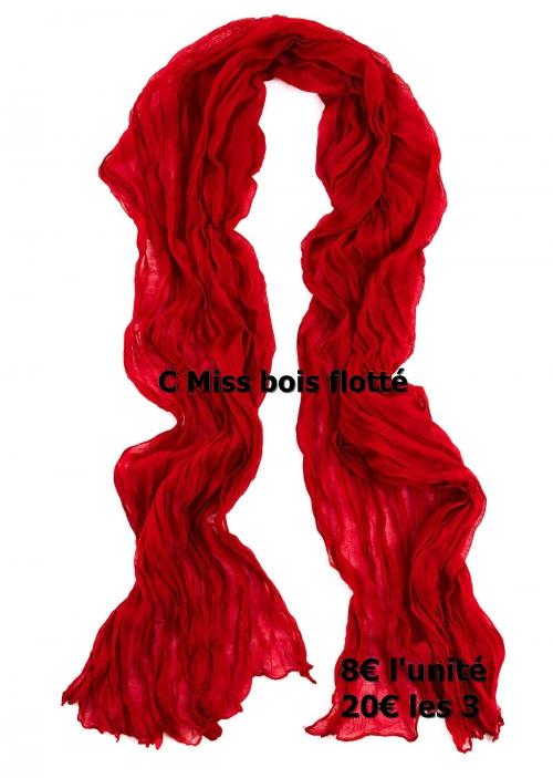 foulard-rouge.jpg