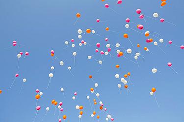 http://static.blog4ever.com/2012/11/720911/Ballons-photographe-Noel-Fouque-Blog-Site-Bonjour-Bien-Etre--7-.jpg