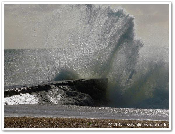vagues, océan, tempête, bretagne