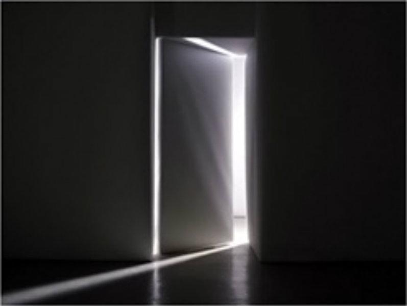Quand dieu ouvre une porte yannis gautier jesus for Porte qui s ouvre lumiere