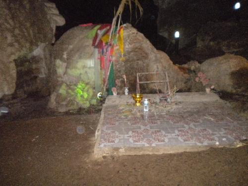 erawan cave (30).JPG