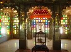 Udaipur salle audiences.jpg
