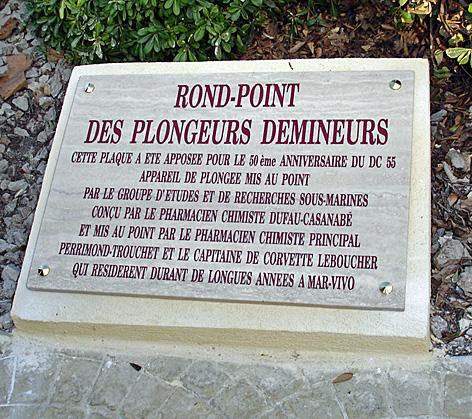 7. plaque Démineurs.jpg