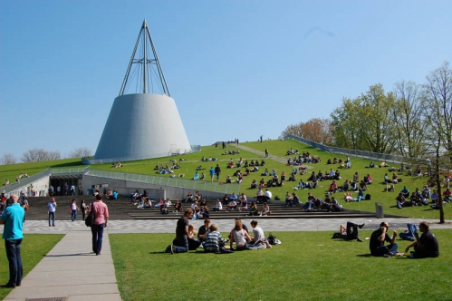 Delft-University-of-Technology.jpg