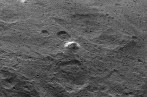 grande-pyramide-de-Ceres.jpg