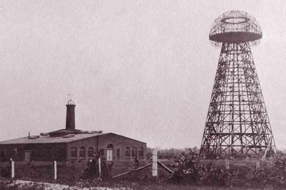La tour Wardenclyffe en 1904.jpg