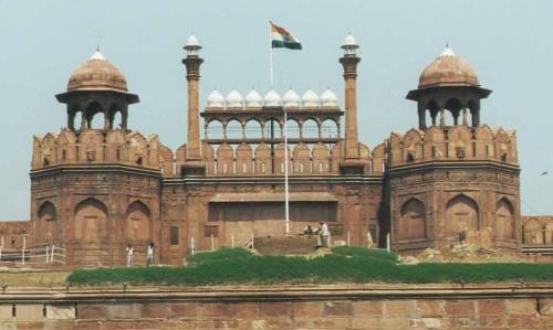 Old Delhi fortrouge3.jpg