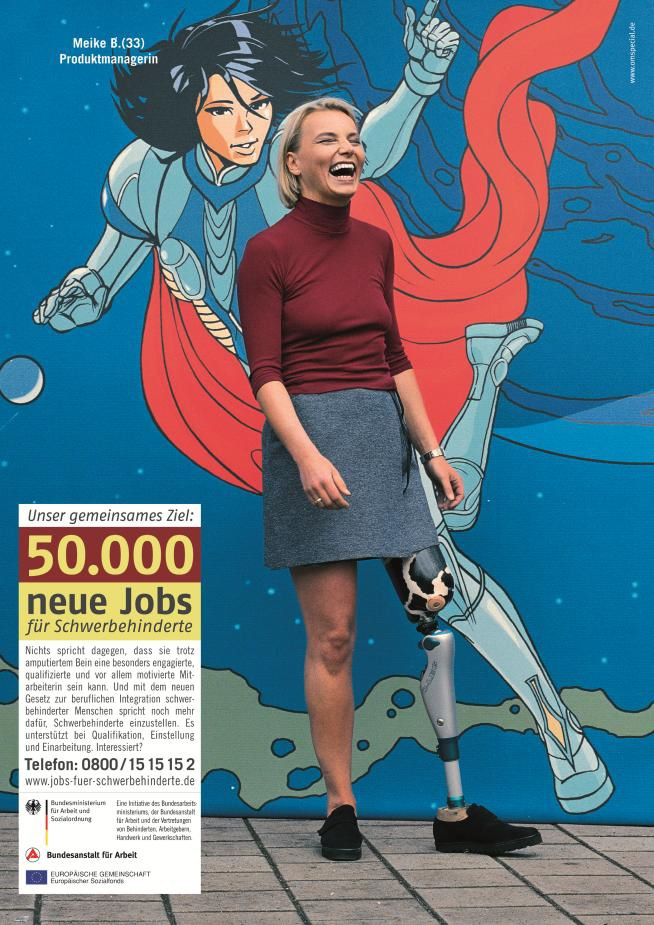 2b Superwoman behindert.jpg