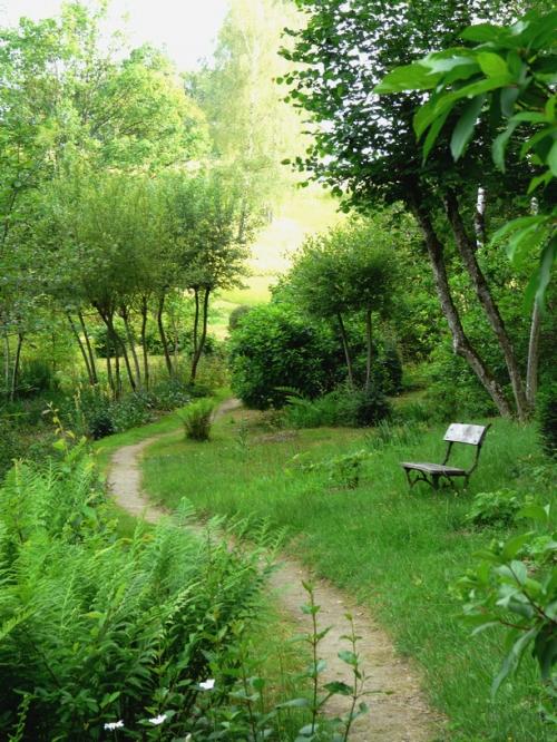Jardin de val maubrune jardin de philomene for Jardin ombre et lumiere
