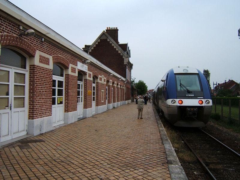 Gare_de_Comines.jpg