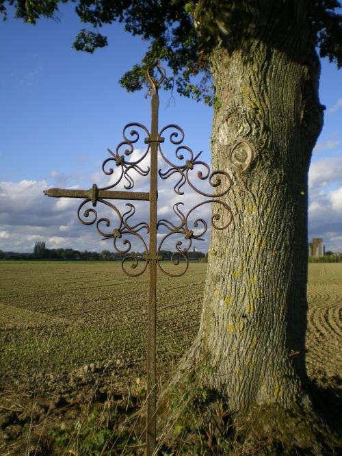 Alland'huy croix 002 bis.jpg